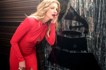 Faith Hill The 59th GRAMMY Awards -  Backstage
