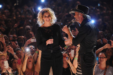 Faith Hill Tim McGraw Performs in NYC