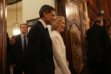 Fareed Zakaria Democratic Presidential Candidate Hillary Clinton Delivers National Security Address In New York