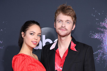 Finneas O'Connell 2019 American Music Awards - Arrivals