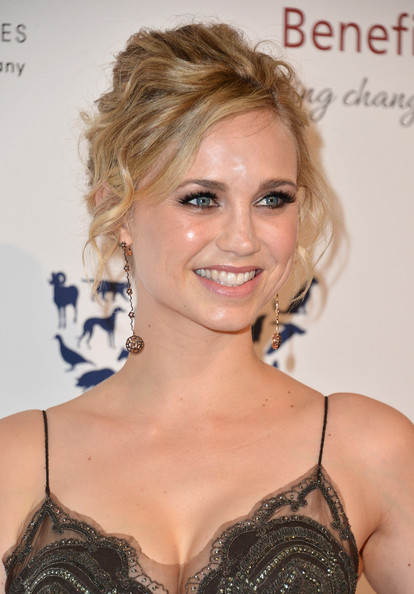 fiona gubelmann net worth
