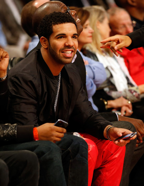 foot locker three point contest 2013 in this photo drake rapper drake    Rapper Drake Feet