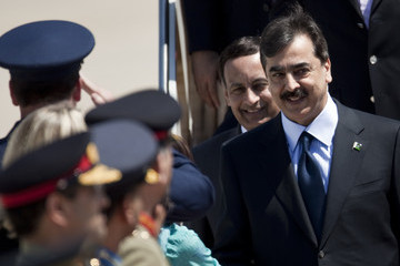 Yousuf Raza Gilani Foreign Leaders Arrive In Washington For Nuclear Security Summit