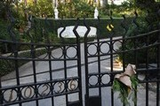 The gates outside the Playboy Mansion home of Hugh Hefner, who was the founder of Playboy Magazine and has died aged 91, in Beverly Hills, California on September 28, 2017. .Hugh Hefner, the silk pajama-wearing founder of Playboy who helped escort nudity into the American mainstream, died Wednesday, the company announced. He was 91 years old..Hefner, father of the trailblazing brand that encouraged a loosening of sexual strictures, died of natural causes in his Los Angeles home -- the famed Playboy Mansion -- according to a statement from Playboy Enterprises.. / AFP PHOTO / Mark RALSTON