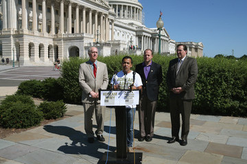 Frank Sharry Activists Call on DOD to Let Dreamers Serve in the Military