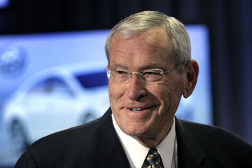 Ed Whitacre GM Chairman Ed Whitacre Is Named Permanent CEO Of GM