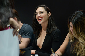 Gal Gadot 'Suicide Squad' Cast Signing at San Diego Comic-Con 2016