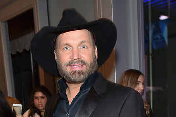 Garth Brooks Moet & Chandon at the 51st Annual CMA Awards - Red Carpet