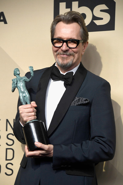 http://www1.pictures.zimbio.com/gi/Gary+Oldman+24th+Annual+Screen+Actors+Guild+Z4LV481jPThl.jpg