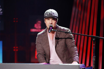 Gavin Degraw The 2020 iHeartRadio Podcast Awards – Show