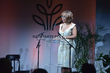 Gayle King Sean Penn & Friends HAITI TAKES ROOT: A Benefit Dinner & Auction To Reforest & Rebuild Haiti To Support J/P Haitian Relief Organization