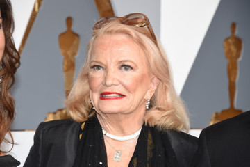 Gena Rowlands 88th Annual Academy Awards - Red Carpet Pictures