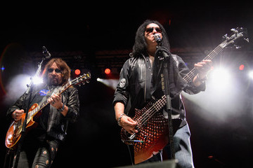 Gene Simmons The Children Matter Benefit Concert Featuring Gene Simmons, Ace Frehley, Don Felder and Cheap Trick