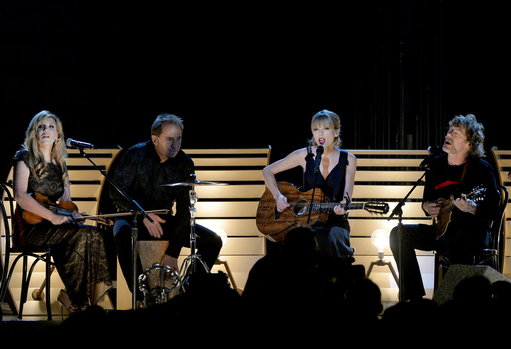 Taylor Swift and Alison Krauss Photos Photos - General Views of the