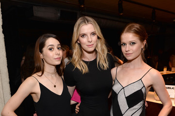 Genevieve Angelson ELLE Hosts Women in Comedy Event With July Cover Star Kate McKinnon