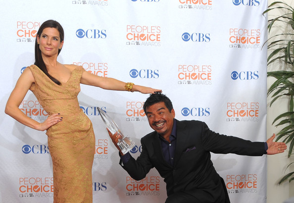 Sandra Bullock and George Lopez - People's Choice Awards 2010 - Press Room