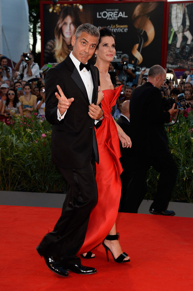 George Clooney and Sandra Bullock at the evening premiere of Gravity at Venice Film Festival George+Clooney+Gravity+Premieres+Venice+8EuuPhtpBq_l