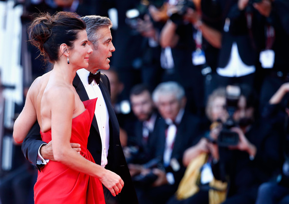 George Clooney and Sandra Bullock at the evening premiere of Gravity at Venice Film Festival George+Clooney+Gravity+Premieres+Venice+Fy0hR_I3IFrl
