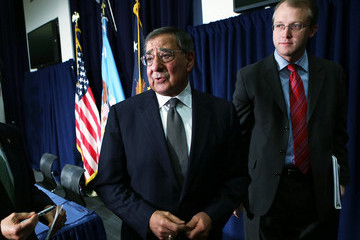 George Little Panetta And Veterans Affairs Secretary Shinseki Hold Joint Press Conference