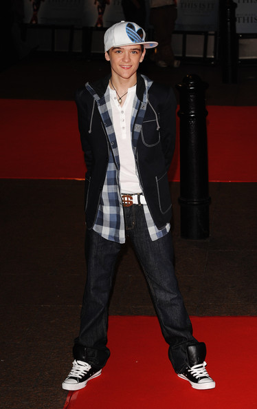George Sampson - This Is It - UK Film Premiere Oustide Příjezdy
