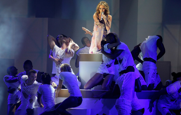 Kylie Minogue performs during the PRO7 TV show 'Germany's Next Topmodel  Final' at the Lanxess Arena on June 10, 2010 in Cologne, Germany.