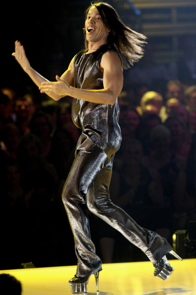 Jorge Gonzalez performs during the PRO7 TV show 'Germany's Next Topmodel  Final' at the Lanxess Arena on June 10, 2010 in Cologne, Germany.