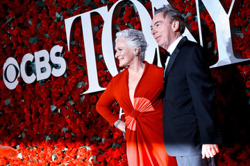 Glenn Close 2016 Tony Awards - Alternative Views