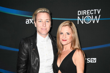 Glennon Doyle Melton 2017 DIRECTV NOW Super Saturday Night Concert in Houston - Arrivals