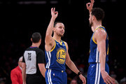 Stephen Curry Klay Thompson Photos Photo