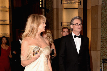 Goldie Hawn Stars Leave the Academy Awards
