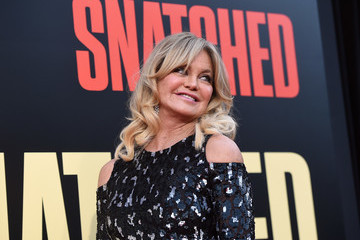 Goldie Hawn Premiere of 20th Century Fox's 'Snatched' - Red Carpet