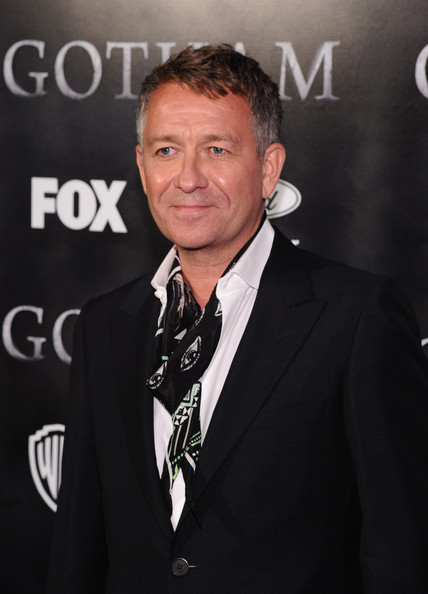 sean pertwee cosplay