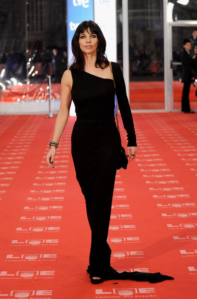 Spanish actress Maribel Verdu arrives to the 2011 edition of the 'Goya Cinema Awards' ceremony at Teatro Real on February 13, 2011 in Madrid, Spain.