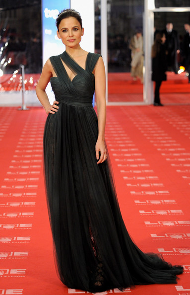"Spanish actress Elena Anaya arrives to the 2011 edition of the ""Goya Cinema Awards"" ceremony at Teatro Real on February 13, 2011 in Madrid, Spain."