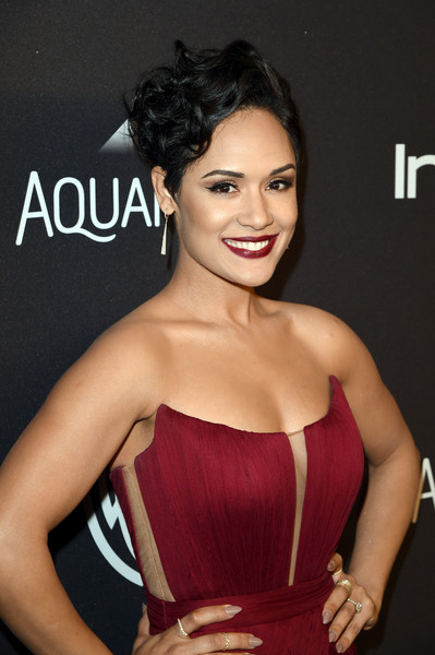Grace Gealey Photos Photos - The 2016 InStyle and Warner Bros. 73rd ...