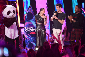 Grant Gustin Teen Choice Awards 2017 - Show
