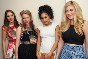 Grav3yardgirl BeautyCon LA Talent Lounge