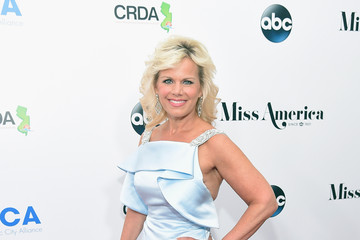 Gretchen Carlson 2016 Miss America Competition - Red Carpet