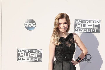 Griffin Arnlund 2015 American Music Awards - Arrivals