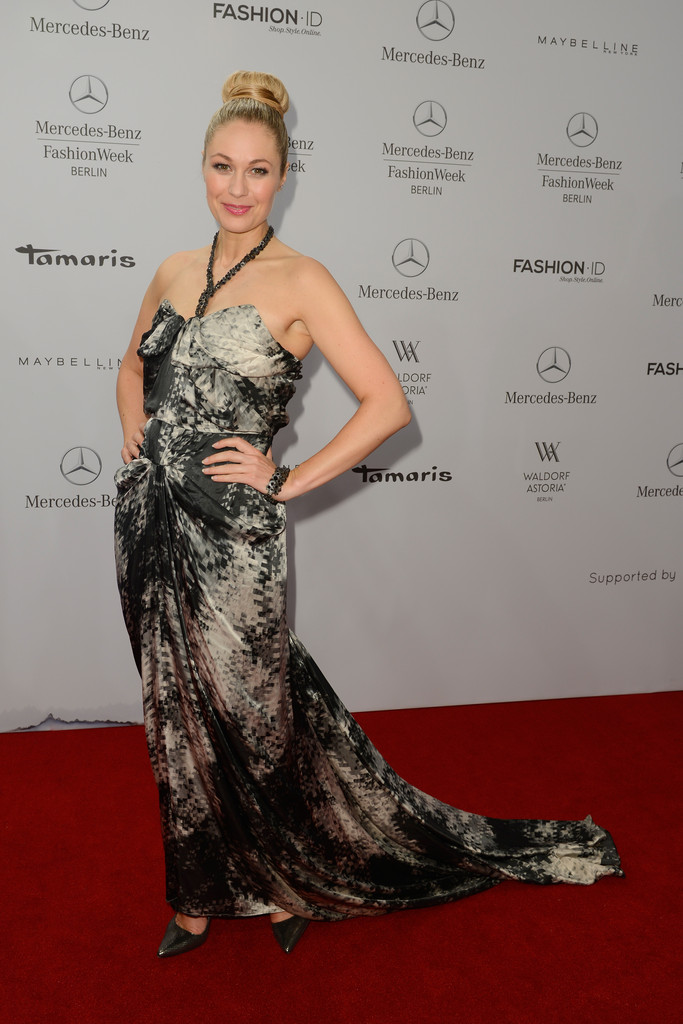 ruth moschner photos photos arrivals at guido maria. Black Bedroom Furniture Sets. Home Design Ideas