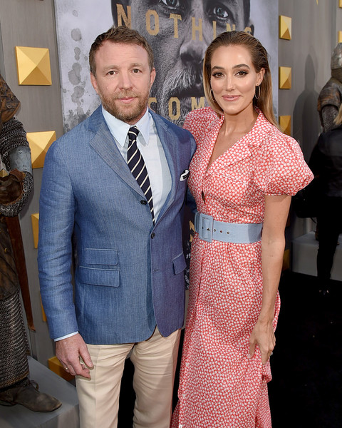 http://www1.pictures.zimbio.com/gi/Guy+Ritchie+Premiere+Warner+Bros+Pictures+ZXIcm2Rs-2zl.jpg