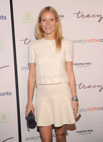 Gwyneth Paltrow - The Tracy Anderson Method Pregnancy Project