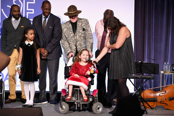 Hakeem Nicks Muscular Dystrophy Association Celebrates 22 Years Of Annual New York Muscle Team Gala With MVP Derek Jeter And More