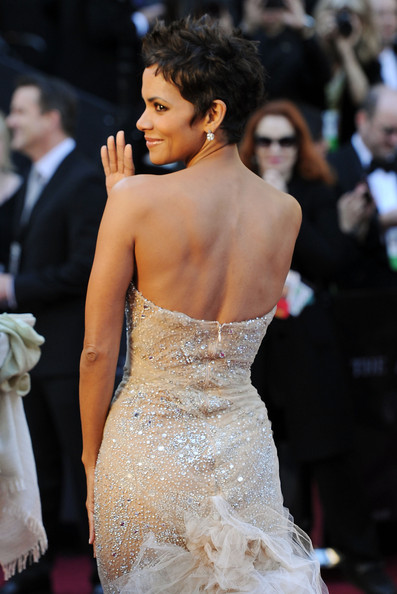 halle berry 2011 academy awards. Halle Berry Actress Halle