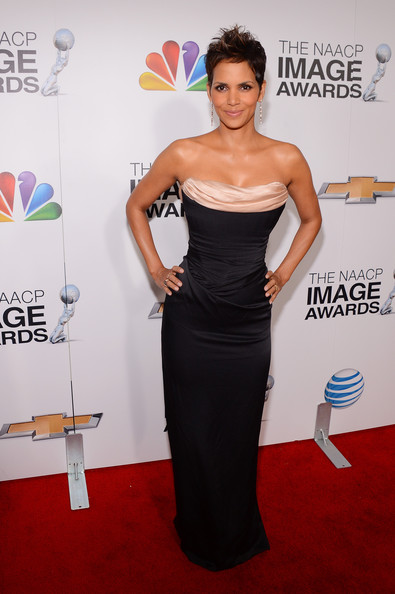 Halle Berry - 44th NAACP Image Awards - Backstage And Audience