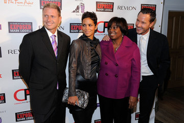 """Charles Robbins Halle Berry Hosts """"An Evening Of Awareness"""" - Red Carpet"""