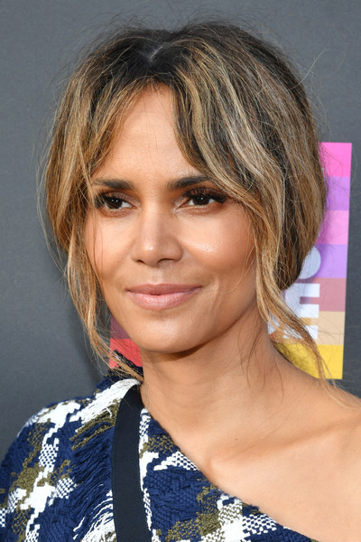 L.A. Pride 2019 [documentary,hair,face,hairstyle,eyebrow,blond,chin,layered hair,bob cut,lip,beauty,blond,halle berry,actor,la pride,5b,hairstyle,face,u.s.,premiere,halle berry,actor,74th academy awards,the little mermaid,celebrity,blond]
