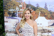 Actress Candace Cameron Bure attends the Hallmark Channel and Hallmark Movies and Mysteries Summer 2016 TCA press tour event on July 27, 2016 in Beverly Hills, California.