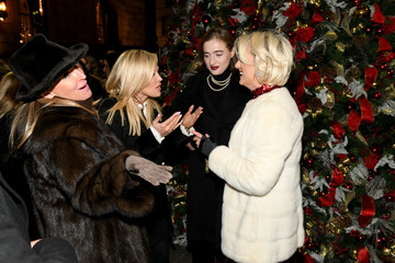 Hannah Lynch Lotte New York Palace Annual Tree Lighting