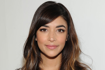 Hannah Simone Elizabeth Glaser Pediatric AIDS Foundation 26th Annual A Time for Heroes Family Festival - Red Carpet